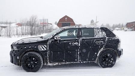 [Spyshot] 볼보의 새로운 준중형 SUV - 2018 Volvo XC40