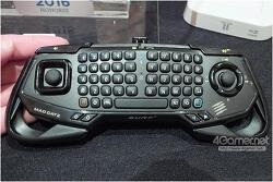 PC용 게임패드 매드캣츠 S.U.R.F.R 블루투스 키보드 + 마우스