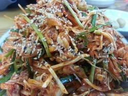 """바지락채소비빔밥, 바지락초무침, 바지락북어해장국, 바지락전골 """"바다마을 식당"""""""