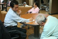 양주 대진 요양원에서 장석우 선생님이 298차 6177명을 진료하였습니다(11.09.24)