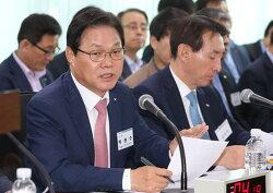 야바위꾼 안상수와 바람잡이 박완수·이주영