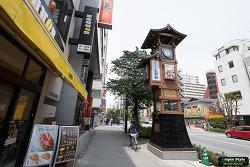 닌교초 (人形町) 시계탑 12:00