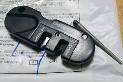 [알리직구] 휴대용 칼갈이(Pocket Knife Sharpnerer) - 일부 환불  ^^;;