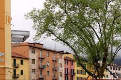 라스페치아, 비온뒤의 역앞 오렌지 향 가득한 거리