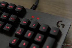 꼭 필요한 것만 갖춘 게이밍 키보드 로지텍 G413 카본!