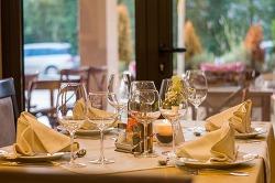 스페인 [윤식당] 직원들도 이 '자격증'을 갖췄을까?