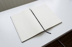 책상 서류정리 팁 몇가지만 공개