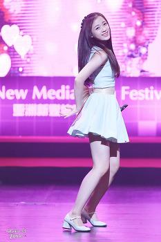 16.07.27 에이프릴 부산 영화의전당 ANFF 축하공연 by. Zetta