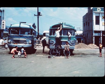 1968-69년의 안양역전 천안행 시외버스 터미널