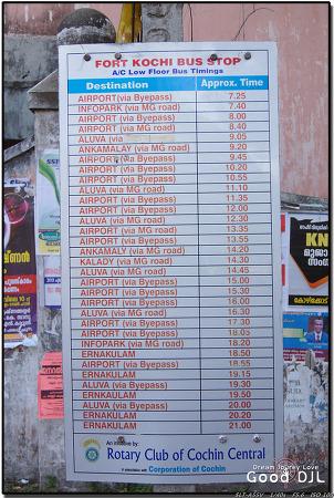 인도 / 코치 공항 버스 시간표.