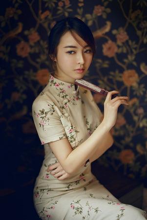 다양한 스타일의 중국 전통의상 치파오