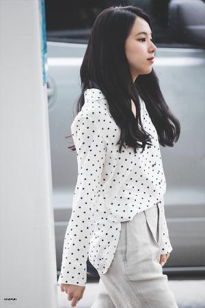[180321] 인천공항 출국 - 채영이
