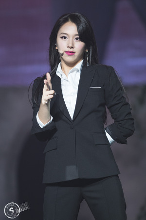 [171015] ONCE BEGINS DAY 2 - 채영이