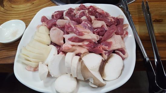 [맛집투어] 평창 용평맛집 '고궁오리숯불구이'를 발견하다