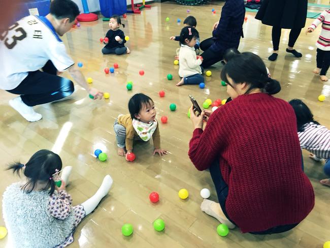 트니트니 천호 현대백화점 금요일 15개월