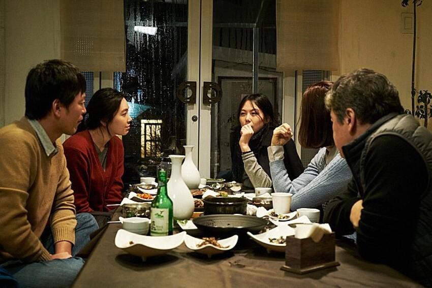 홍상수, 김민희의 '밤의 해변에서 혼자'(2017)