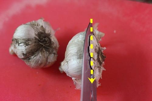 주부 9단이 알려주는 마늘 쉽게 벗기는 방법