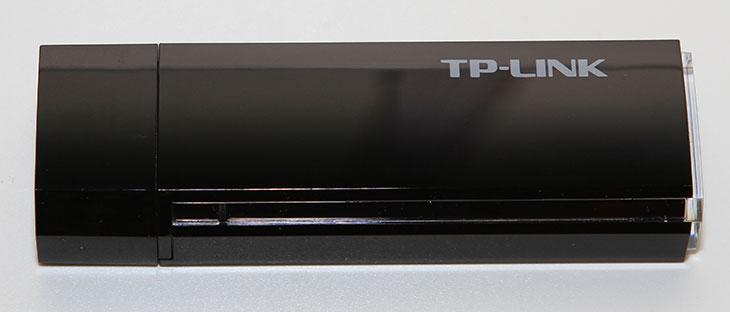 티피링크 Archer T4U, 티피링크 Archer T4U 성능, AC 무선랜카드, 5GHz, 티피링크, TP-LINK, Archer T4U, IT, 무선랜카드, 고성능, 티피링크 Archer T4U 성능을 알아보도록 하겠습니다. 아직은 국내 출시되지 않은 AC 무선랜카드인데요. AC1200을 지원하는 고성능의 무선랜카드 입니다. 무선 환경을 빠르게 구축하기 위해서는 AC를 지원하는 유무선공유기도 반드시 필요합니다. 그런 상태에서 티피링크 Archer T4U 같은 AC 지원하는 무선랜카드를 쓰면 무선으로도 빠른 환경을 구축할 수 있습니다. 보통의 인터넷 환경이라면 100Mbps 정도급의 인터넷을 사용하게 될텐데요. 물론 인터넷을 하는 것은 100Mbps 급의 속도만 지원하므로 5GHz 867 Mbps를 지원하는 티피링크 Archer T4U 무선랜카드는 어떻게 보면 필요없을지도 모릅니다. 하지만 내부 네트워크 속도는 1000Mbps로 구성해놓았다면 좀 이야기가 다르죠. AC를 지원하는 무선랜카드가 있다면 내부에 NAS 같은 장치가 있을 때 보다 빠르게 데이터를 전송하고 주고 받을 수 있습니다.