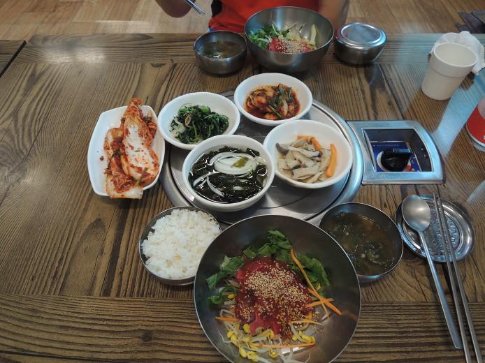 대야한우농장... 군산 대야 맛집... 6000원에 즐기는 저렴한 가격의 육회비빔밥...