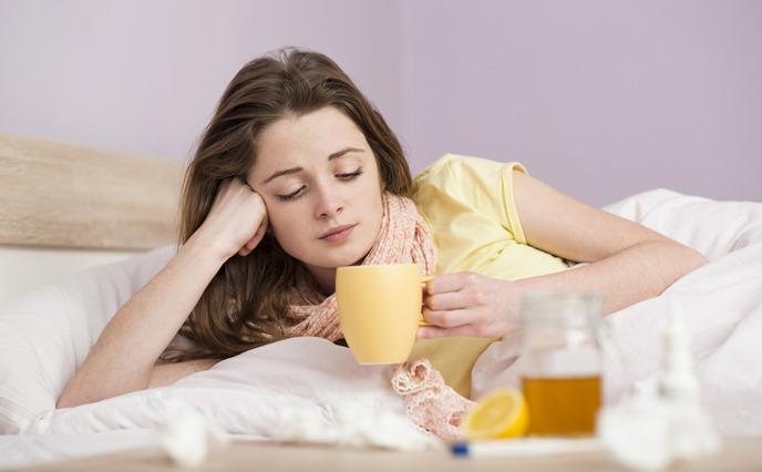 감기 앓는 여자