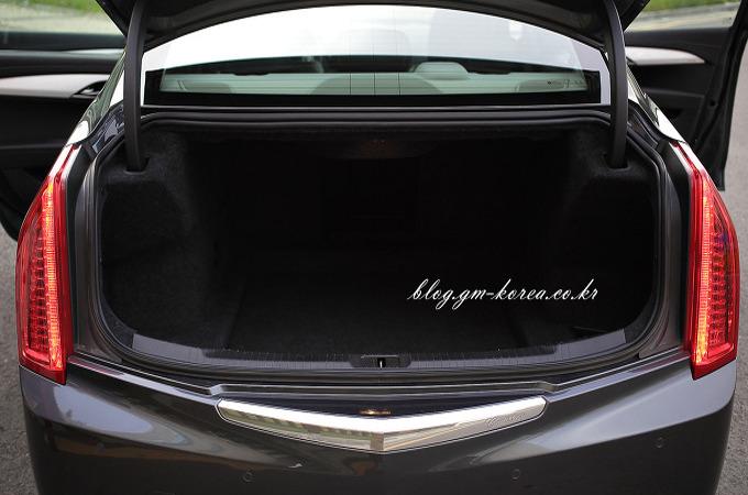 캐딜락ATS의 트렁크