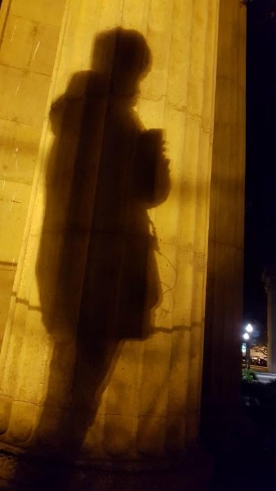 cable car, cd 팔이, Golden Gate Bridge, Palace of Fine Arts, push button for, [샌프란시스코] Palace of Fine Arts ( 팔라스 오브 파인 아츠 ), 가이드, 감흥, 건축물, 그리스 건축물, 그리스 기둥, 그리스 신전, 금문교, 기둥, 날개, 노란색, 노란색 금문교, 단체 관광객, 도로, 도리스, 도리스 양식, 도리아, 도리아 양식, 랜드마크, 루트, 마을, 마지막 여정, 메간, 박물관, 배경음, 베이지색, 보행자, 보행자 신호, 빨간색, 사진 투척, 산책코스, 샌프란시스코, 설립 목적, 썰물, 양질의 예술품들의 궁전, 여행, 역사, 영어, 오션비취, 오션비치, 와인, 원어민, 유럽, 음악, 이오니아, 이오니아 양식, 인공 호수, 인터넷, 장식, 재미, 재생, 정원수, 조명, 출장, 커피, 케이블 카, 코린트, 코린트 양식, 투어, 팔라스 오브 파인 아츠, 팰러스 오브 파인 아츠, 해석, 홀, 황금