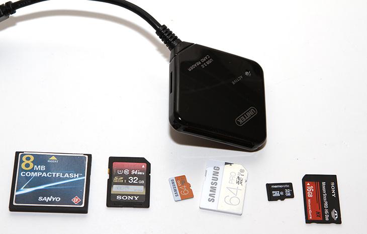 USB 3.0 카드리더기 ,UNITEK Y-3201 사용,UNITEK Y-3201 후기,UNITEK Y-3201,IT,IT 제품리뷰,USB 3.0 카드리더기 UNITEK Y-3201 사용 후기를 올려봅니다. 과거에는 내장형의 고성능 카드리더기를 많이 사용했었는데요. 최근에는 저도 편의성 때문에 휴대용 카드리더기를 더 많이 사용하고 있습니다. 가격도 상당히 저렴한 편입니다. 노트북처럼 가벼운 장치를 많이 써서 USB 3.0 카드리더기 UNITEK Y-3201 같은 장치는 좀 더 앞으로 자주 사용될 것 같습니다. MicroSD , SD, CF, 메모리스틱, M2 의 다양한 메모리를 인식하고 사용할 수 있습니다. 최근에는 카메라들도 최고급형 빼고는 CF가 아닌 SD메모리를 더 많이 사용하고 있어서 이런 카드리더기 하나만 있으면 거의 모든 기종의 저장장치를 사용할 수 있죠. USB 3.0 카드리더기 UNITEK Y-3201를 윈도우8.1 운영체제에서 사용을 해 봤는데요. 문제없이 잘 작동하는군요. 속도도 꽤 괜찮습니다. USB 2.0 카드리더기보다는 확실히 속도가 빠릅니다. 사진을 메모리카드에서 불러와서 작업을 주로 하는데 이 때 빠른 속도는 상당히 편리한 작업을 가능하게 합니다.