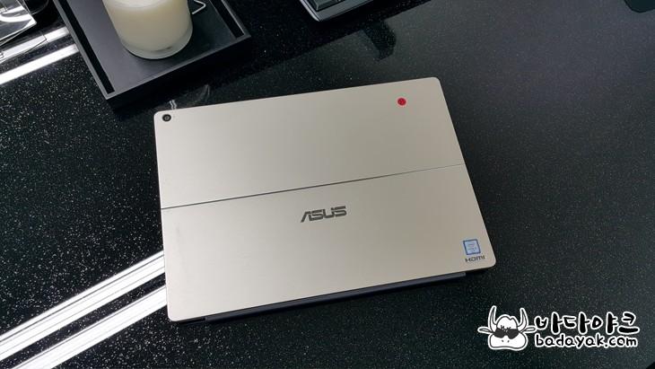 2 in 1 윈도우 PC 에이수스 트랜스포머 3 Pro T303 특징 5가지