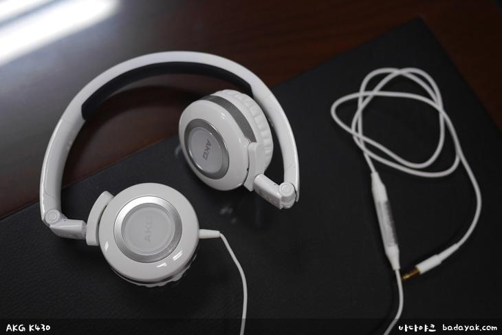 AKG K430 아웃도어용 밀폐형 헤드폰