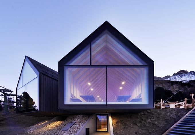 *산속 오두막의 재해석으로 탄생한 레스토랑-[ Peter Pichler Architecture + Pavol Mikolajcak ] Oberholz Mountain Hut