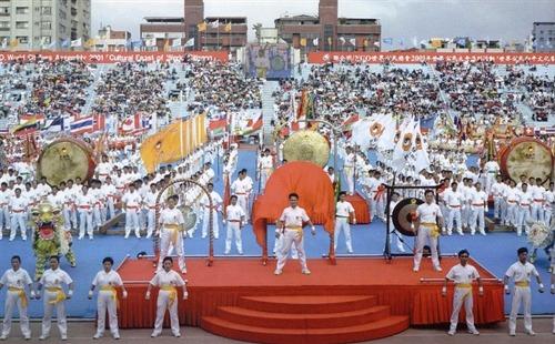▲ 아시아지역 평화배축구대회 (대만, 2001년)