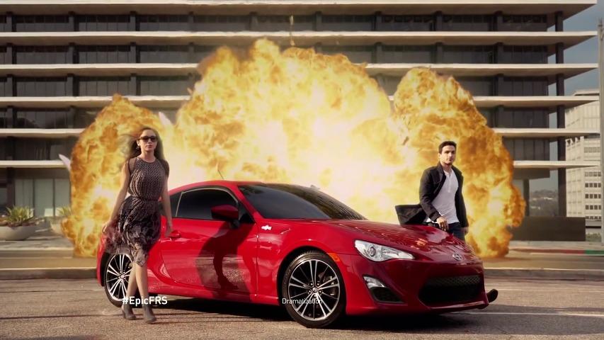 오우삼 영화에서 튀어나온 것처럼 존재감 넘치는 스포츠 쿠페, 사이언(Scion FR-S)의 TV광고 - 사이언 FR-S는 모든 것을 웅장하게 만듭니다(The Scion FR-S Makes Everything Epic) [한글자막]