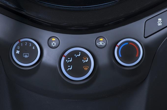 스파크 공조시스템,엔진 회전음,에어컨 연비,연비 에어컨,컴프레셔 연비