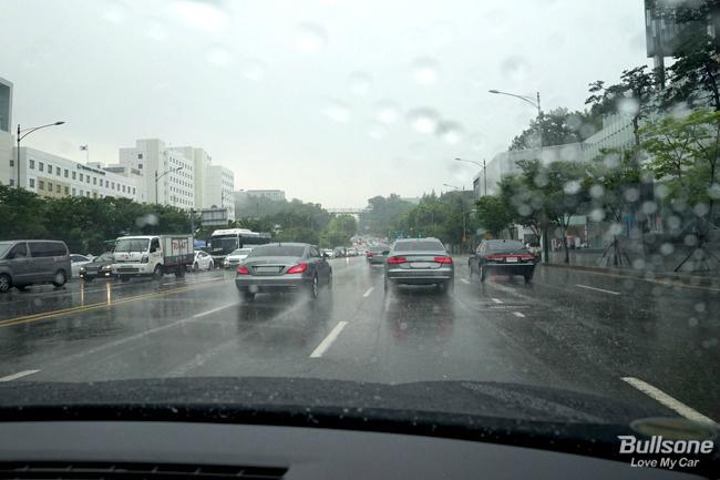 초보운전자를 위한 빗길운전법은? - 불곰의 자동차 일기