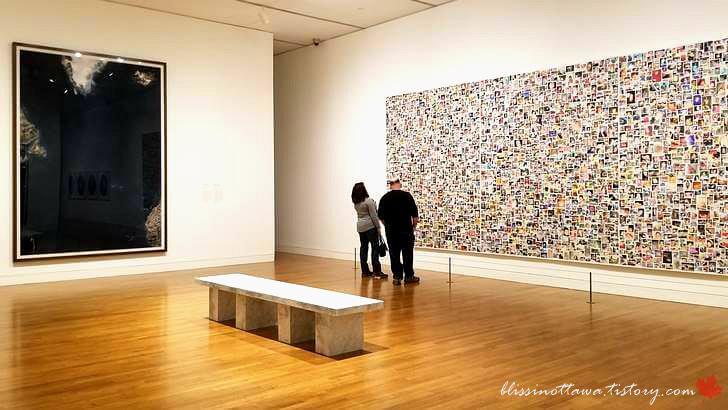 현대 미술입니다