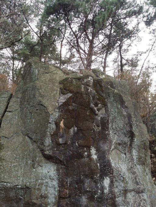 봉래산 마애신상